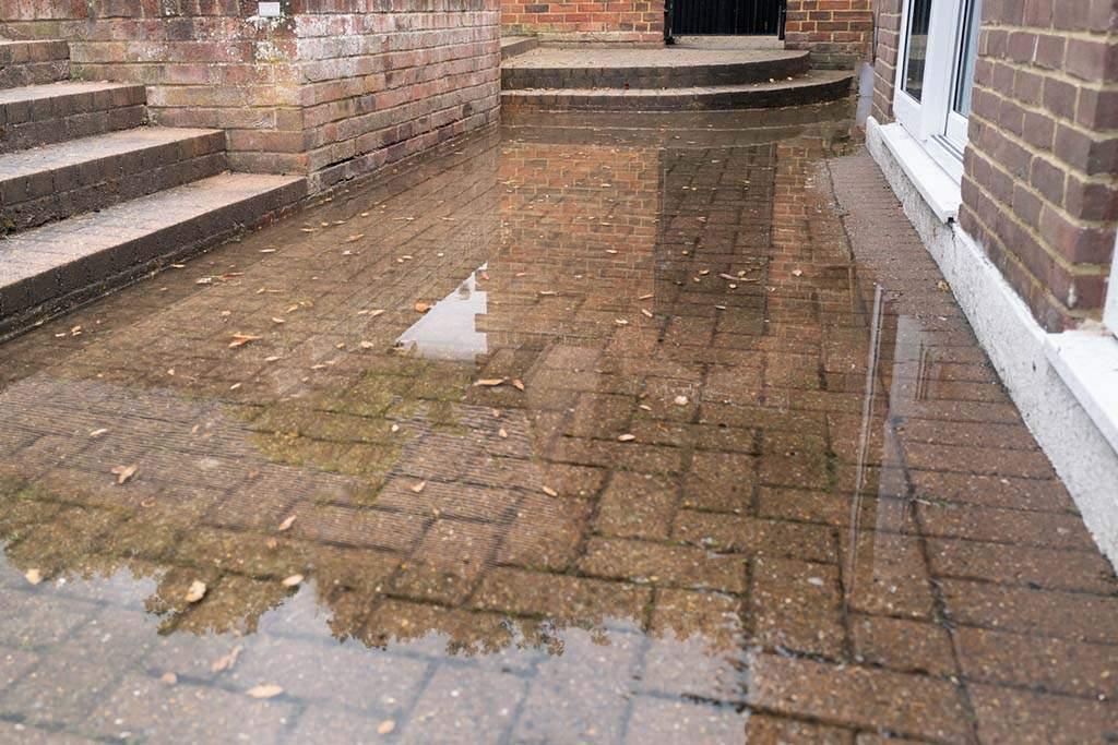 flood-from-blocked-septic-tank-and-soakaway