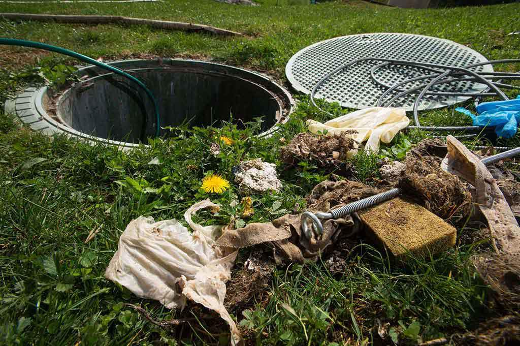 items-that-will-block-a-septic-tank